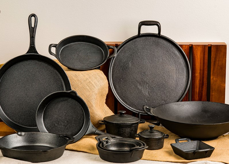 A Complete Cast Iron Cookware Care & Use Guide